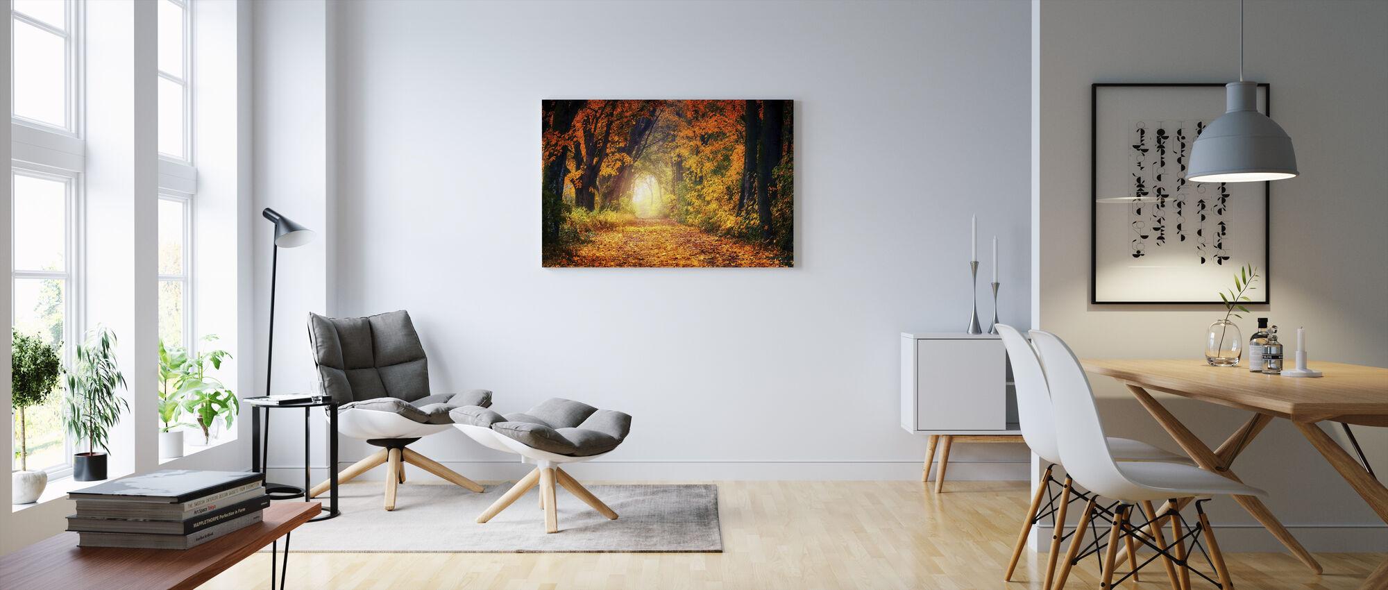 Metsä polku - Canvastaulu - Olohuone