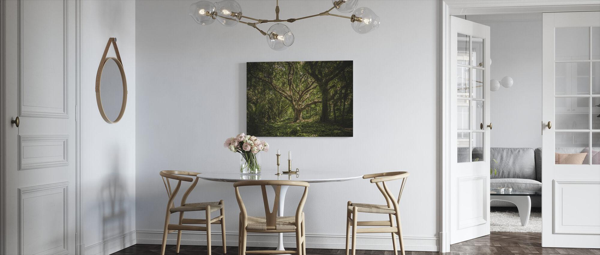 Big Tree - Canvas print - Kitchen