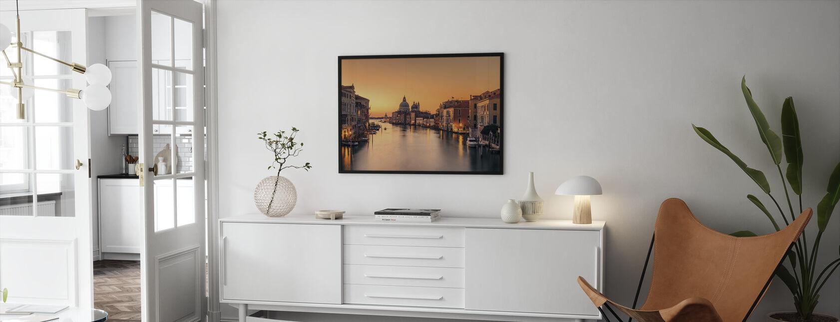 Daggry på Venezia - Innrammet bilde - Stue