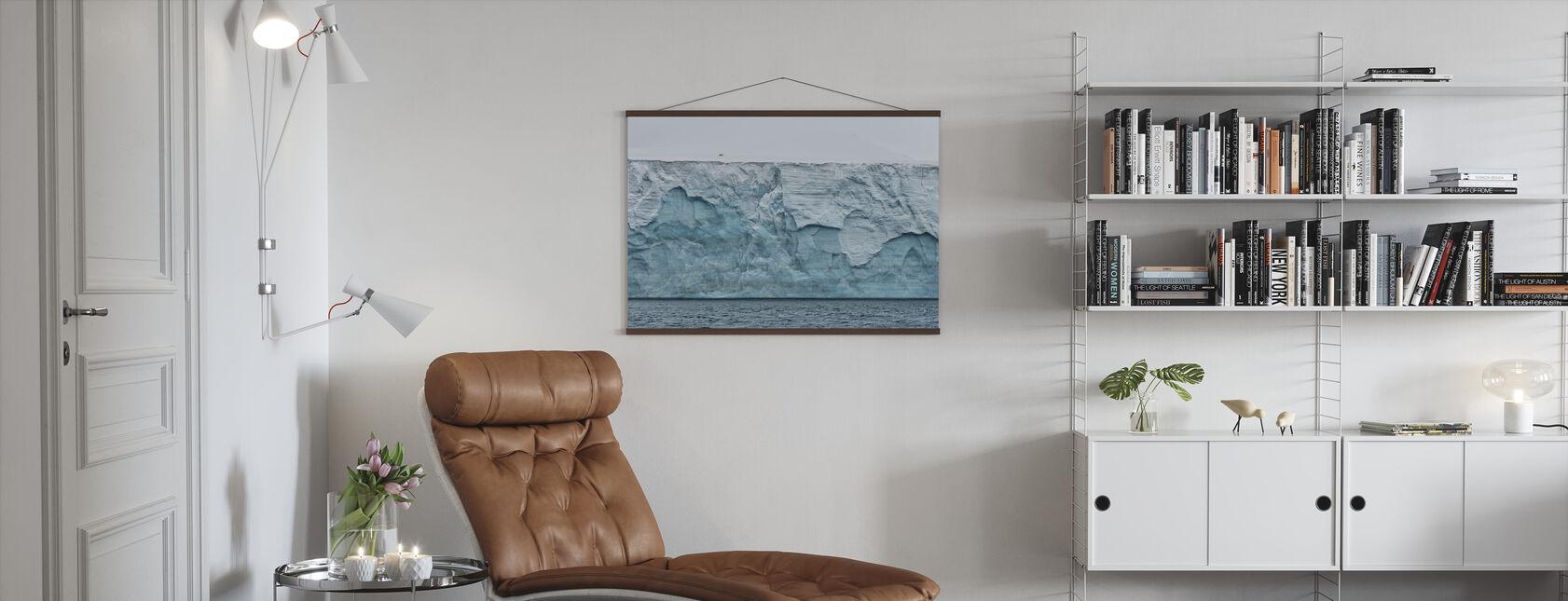 Einsamer Polarbär auf dem Gletscher - Poster - Wohnzimmer