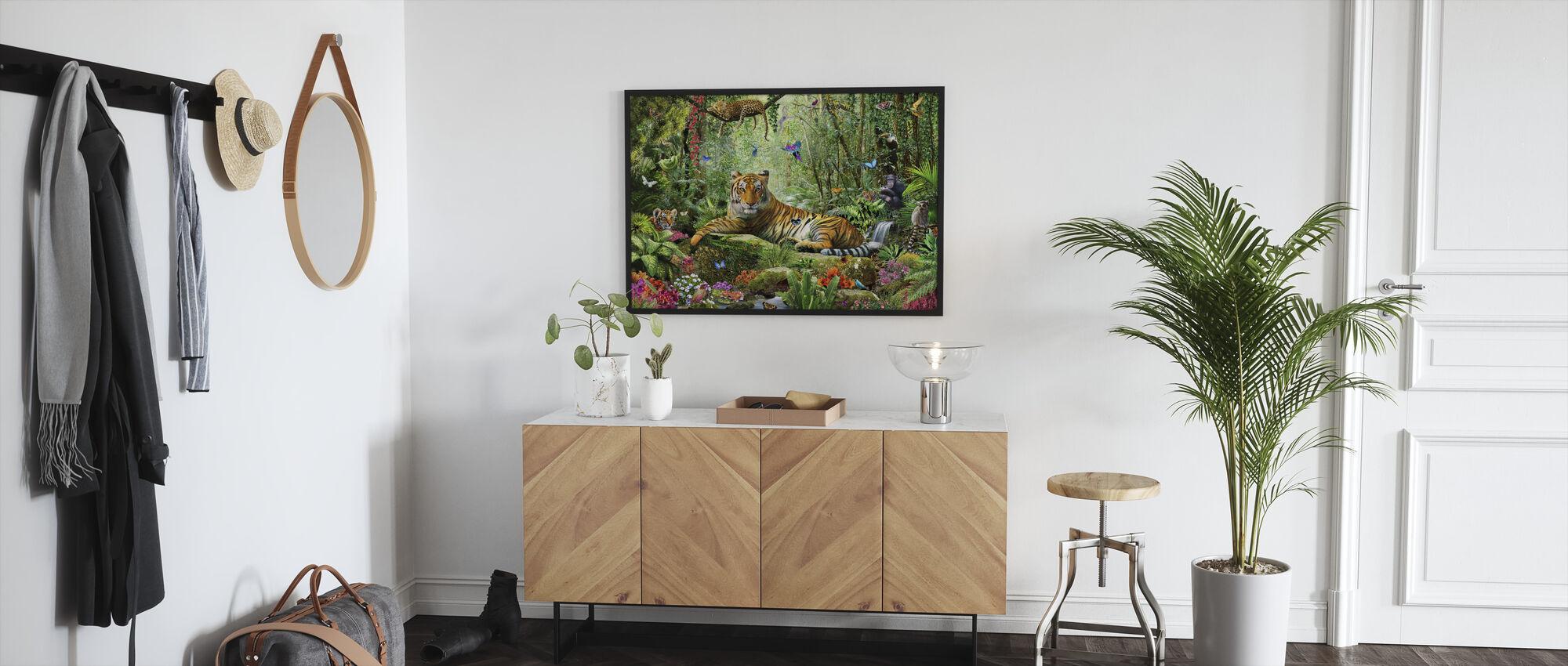 Tiikeri viidakossa - Kehystetty kuva - Aula