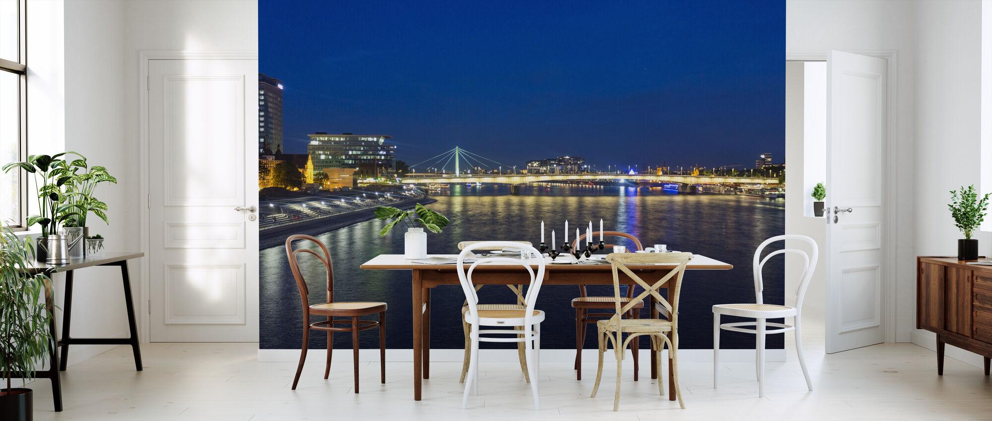 City Lights Reflection - Wallpaper - Kitchen