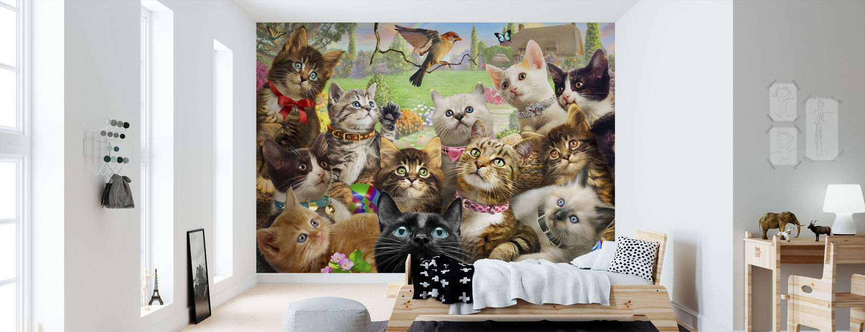 Kittens and bird Europe - Wallpaper - Kids Room