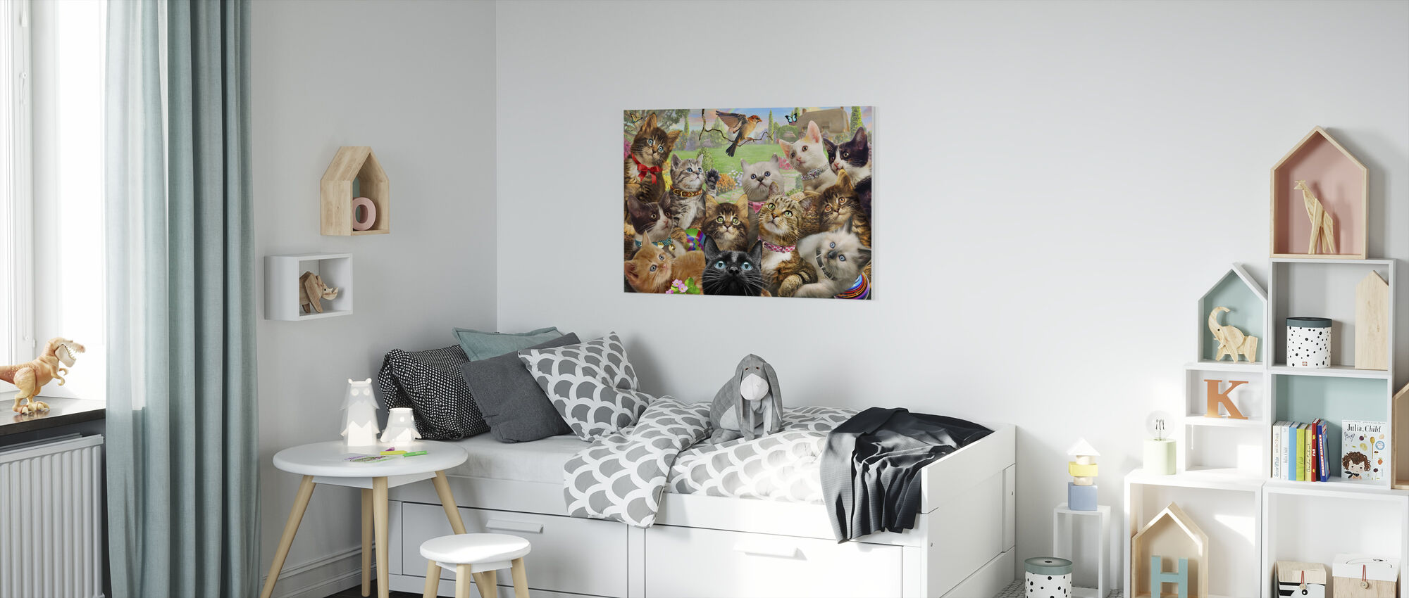 Kittens and bird Europe - Canvas print - Kids Room