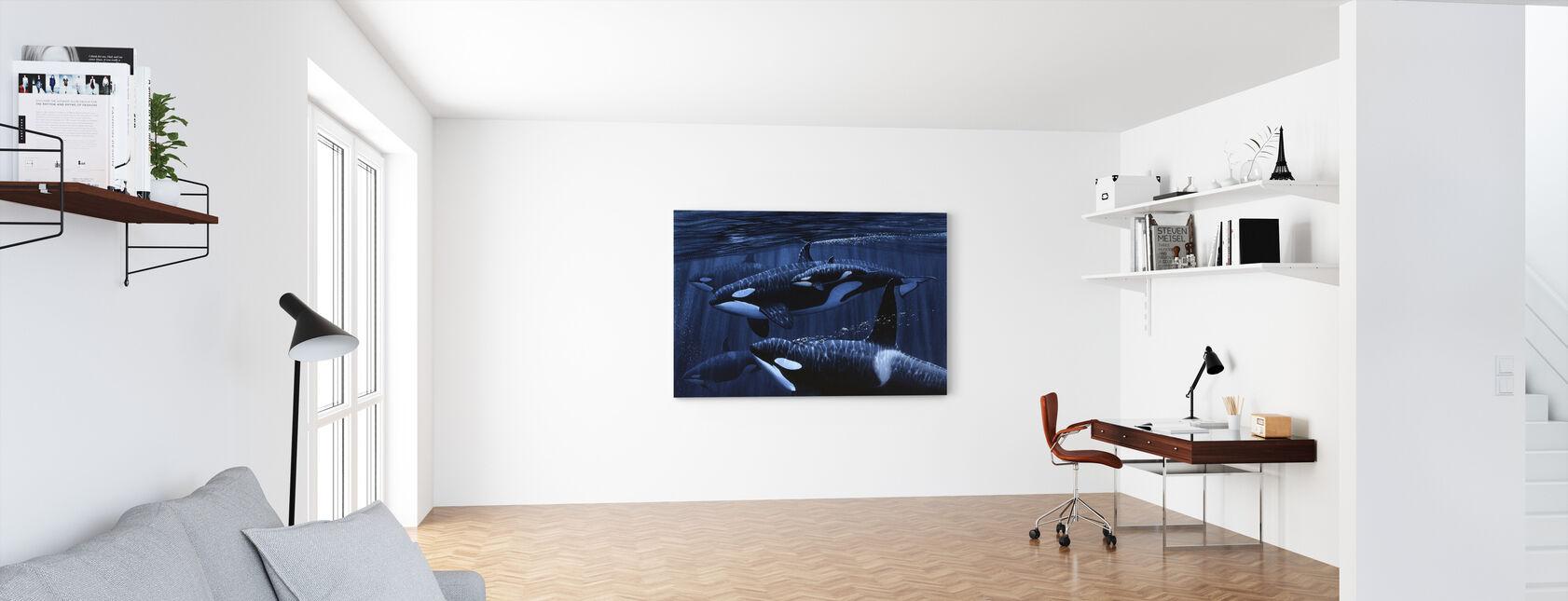 Orka's met Baby - Canvas print - Kantoor
