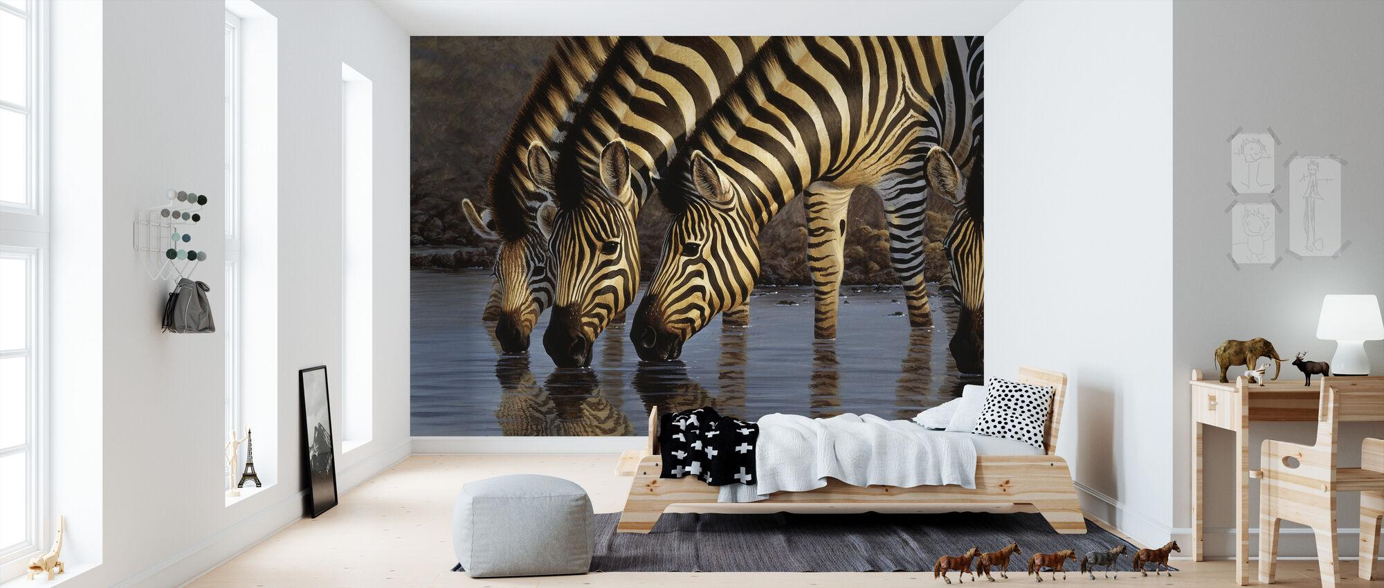Zebras at Waterhole II - Tapet - Barnrum