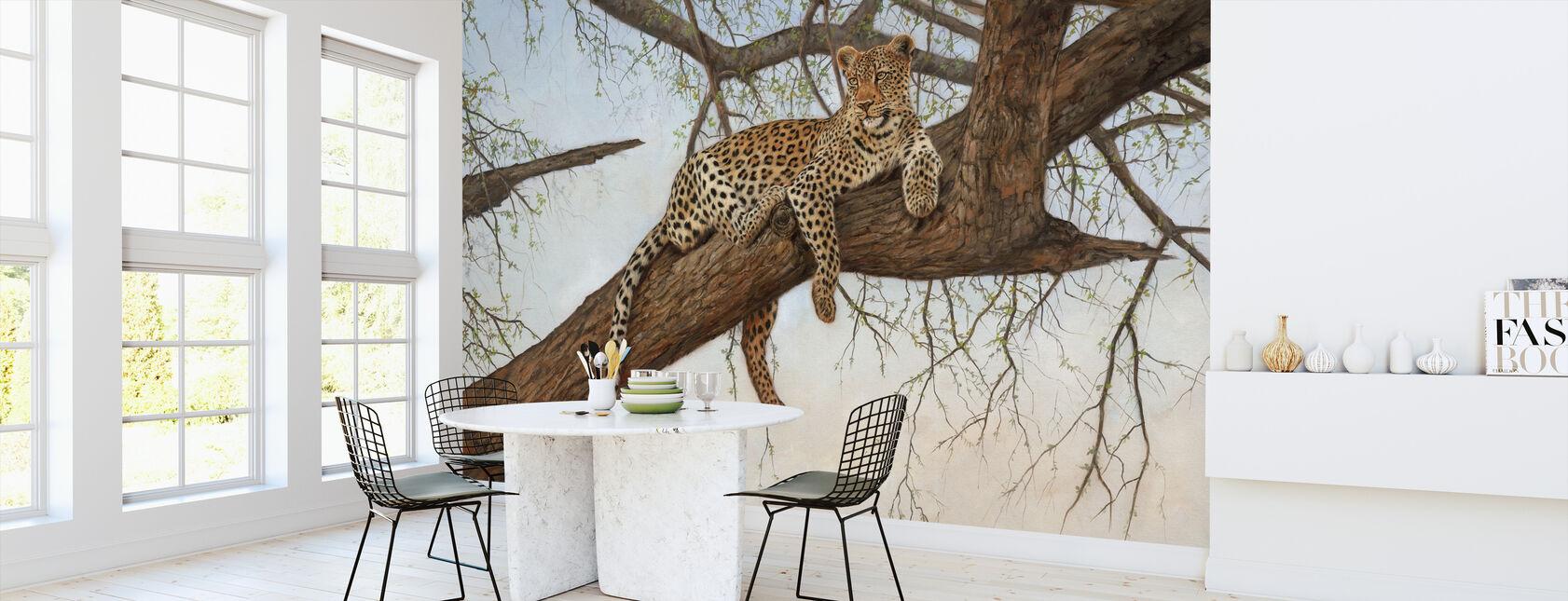 Leopard im Baum - Tapete - Küchen