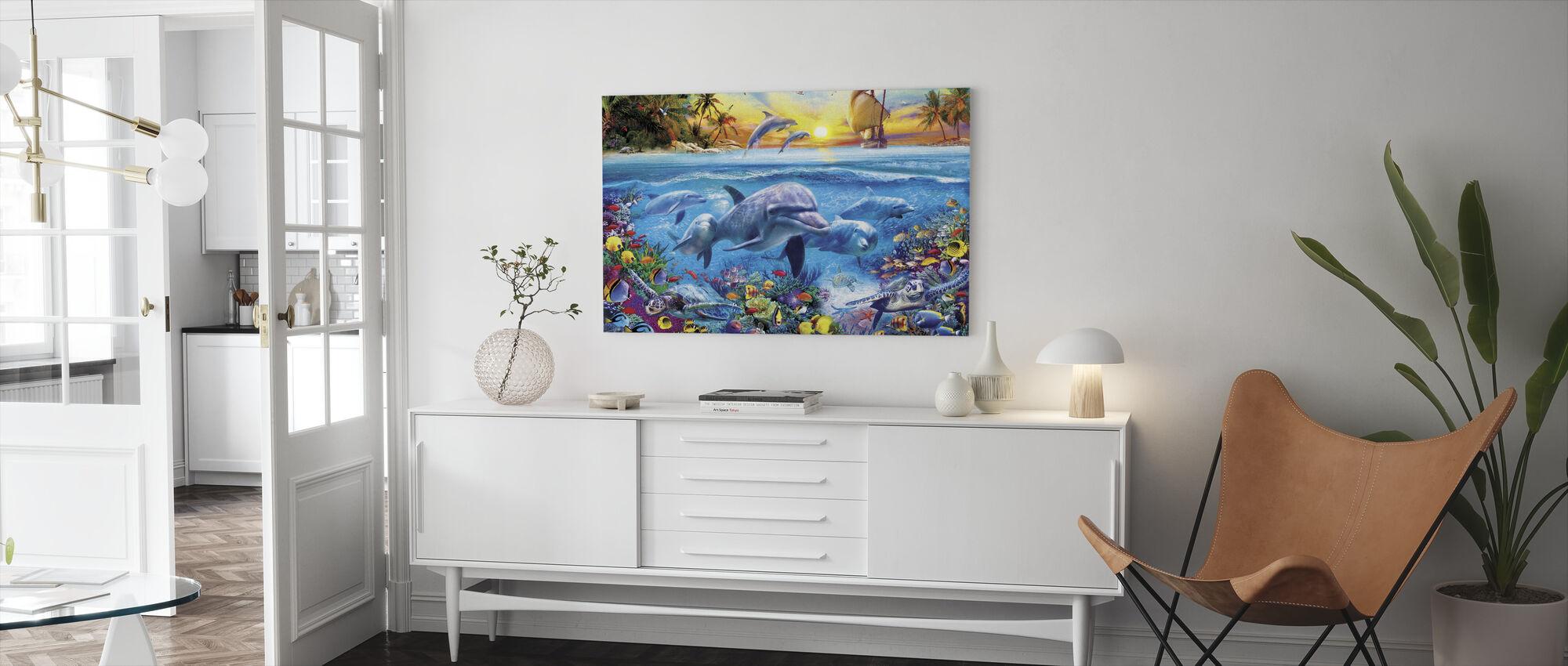 Delfiinit ja laiva - Canvastaulu - Olohuone