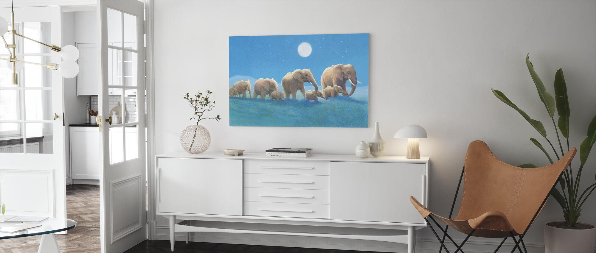 Olifanten lopen - Canvas print - Woonkamer