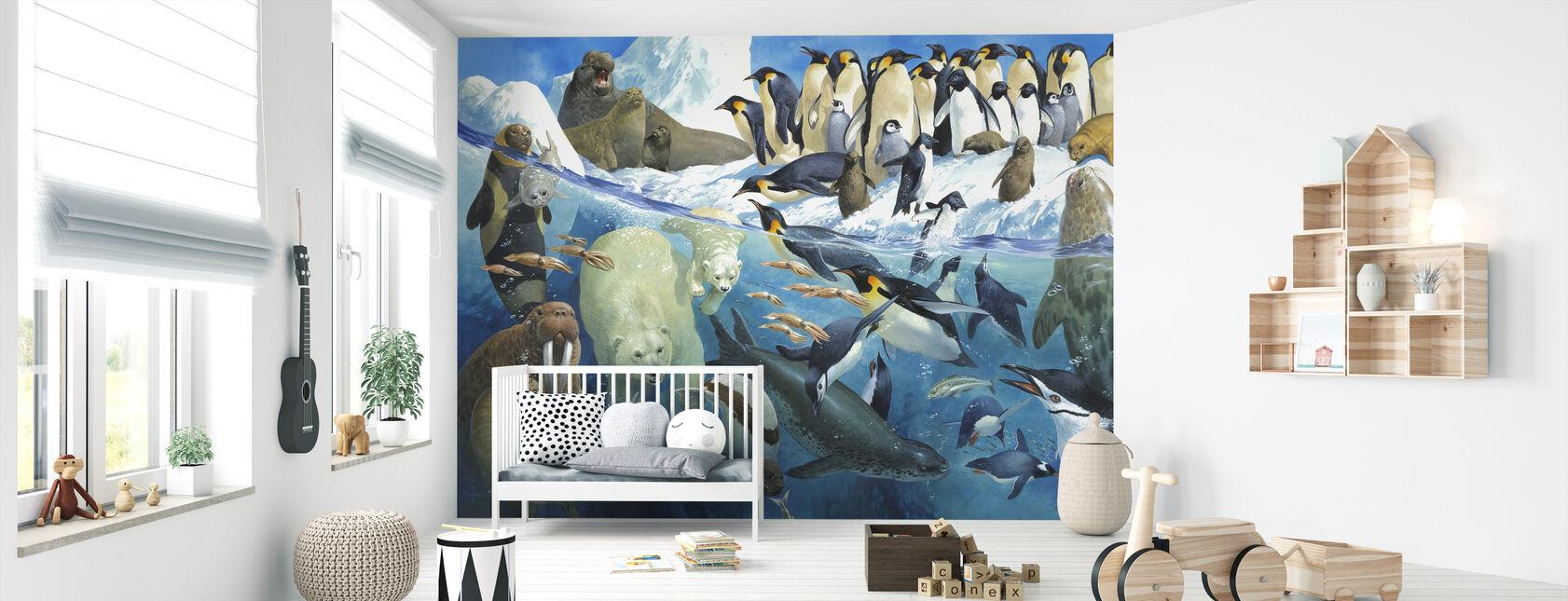 Polar Parents - Wallpaper - Nursery