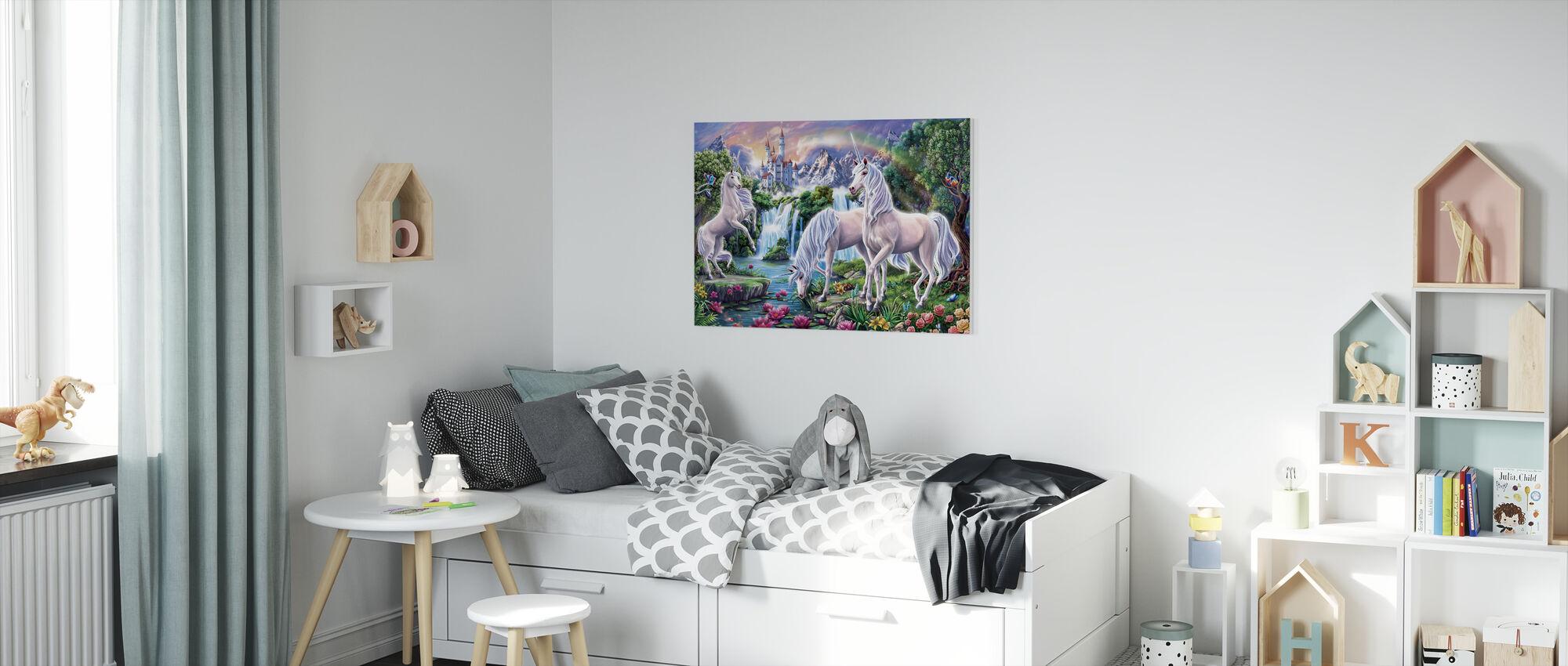Enhörningen paradis - Canvastavla - Barnrum