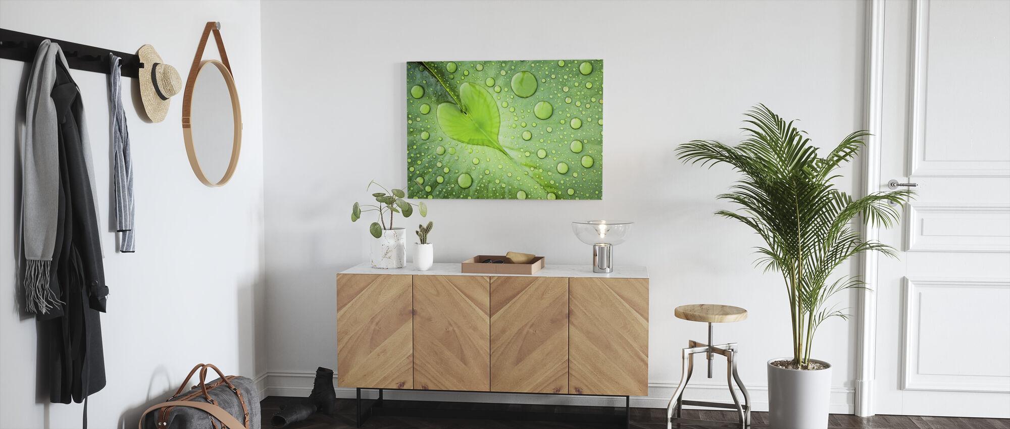 Heart - Canvas print - Hallway