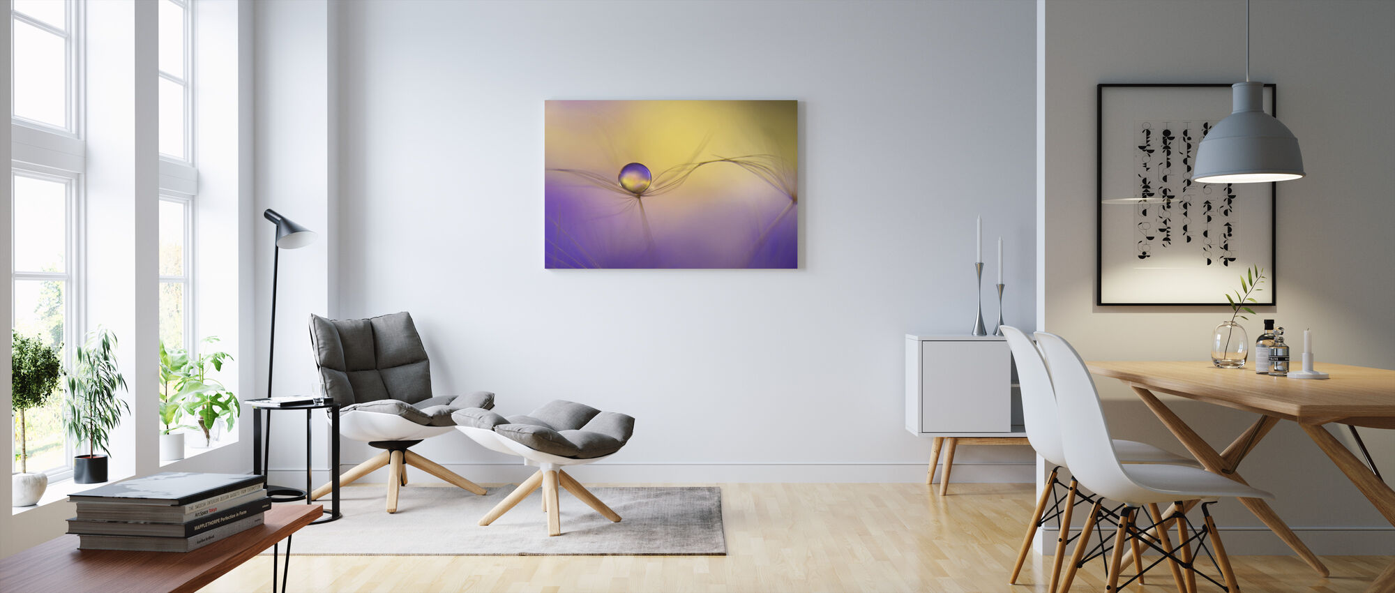 In Arms - Canvas print - Living Room
