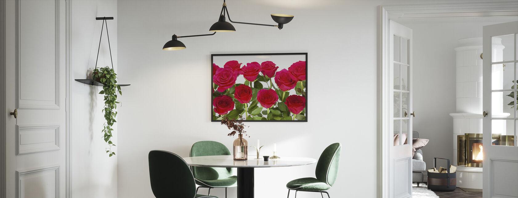 Roser og krysantemum - Innrammet bilde - Kjøkken
