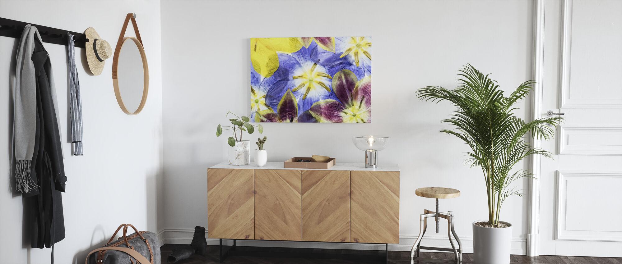 Tulips - Canvas print - Hallway