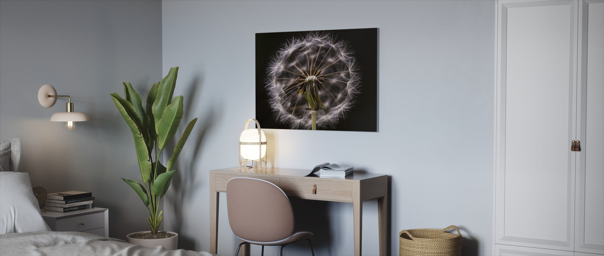 Freaky flower - Canvas print - Office