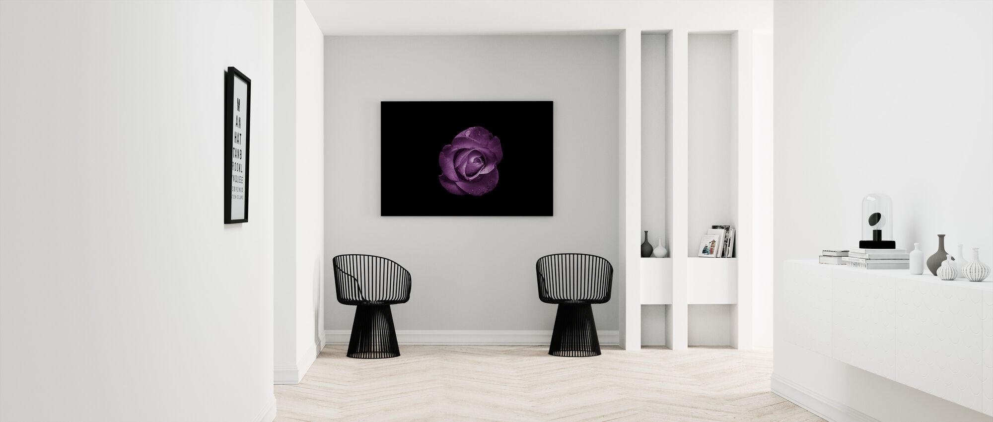 Kwiat z kroplami wody - Obraz na płótnie - Przedpokój