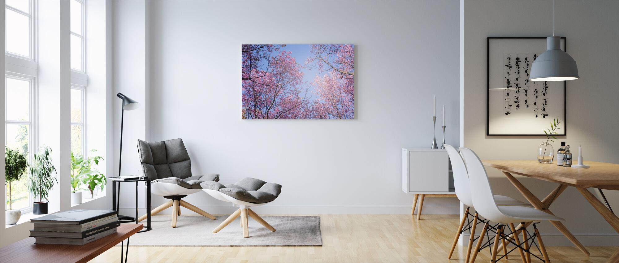 Taivas puut - Canvastaulu - Olohuone