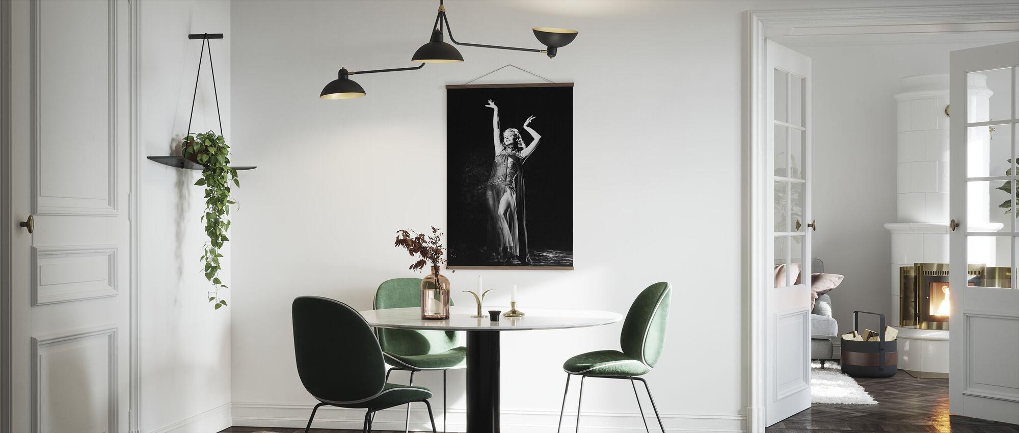 Rita Hayworth Salomessa Seitsemän huntun tanssi - Juliste - Keittiö