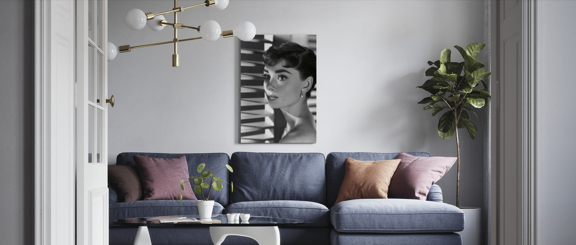 Audrey Hepburn in Sabrina - Canvas print - Woonkamer