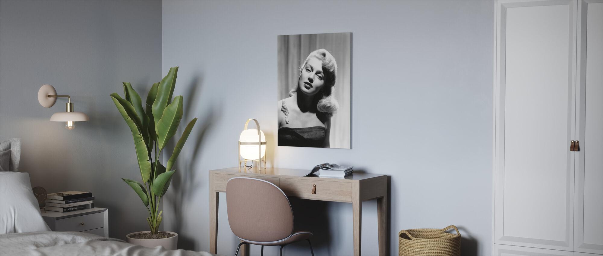 Lana Turner - Canvas print - Office
