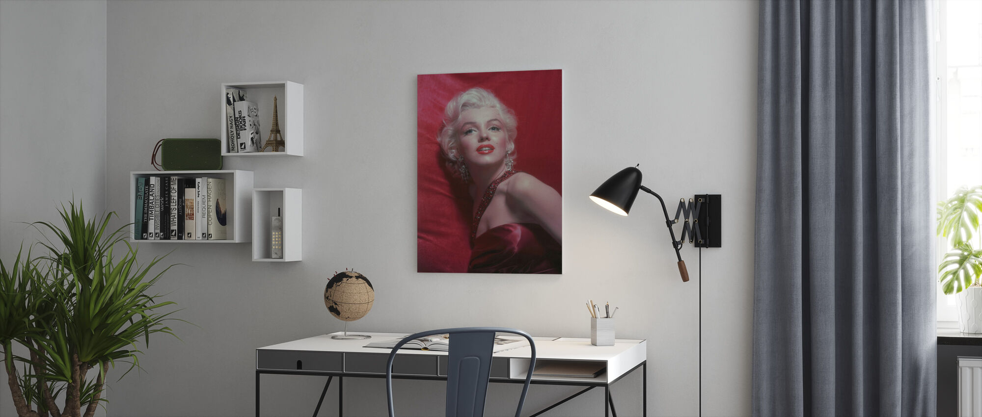 Marilyn Monroe in How to Marry a Millionaire - Canvas print - Office