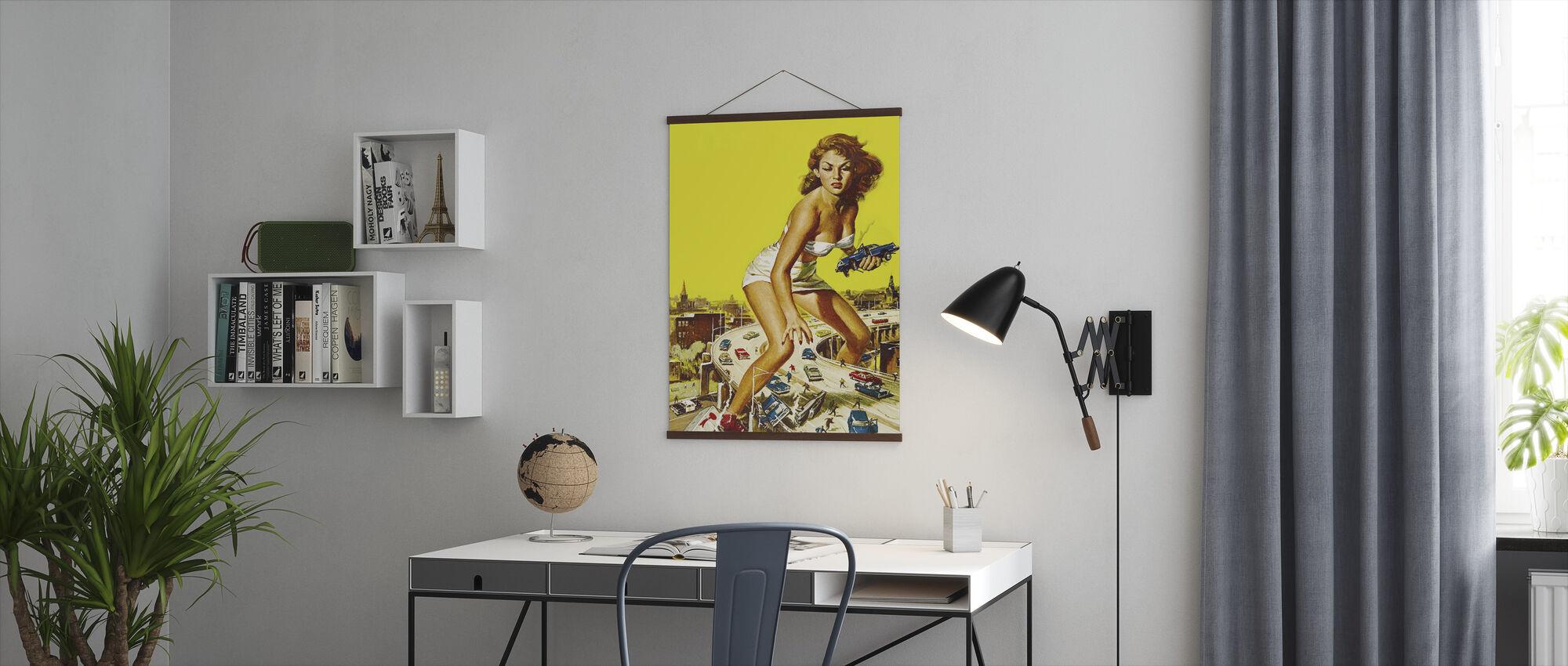 Aanval van de 50 voet vrouw - Poster - Kantoor