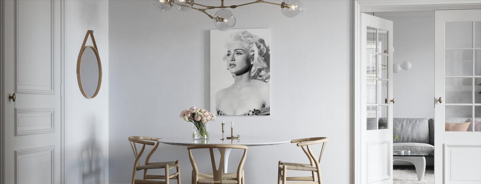 Madonna w Prawdzie lub Dare - Obraz na płótnie - Kuchnia