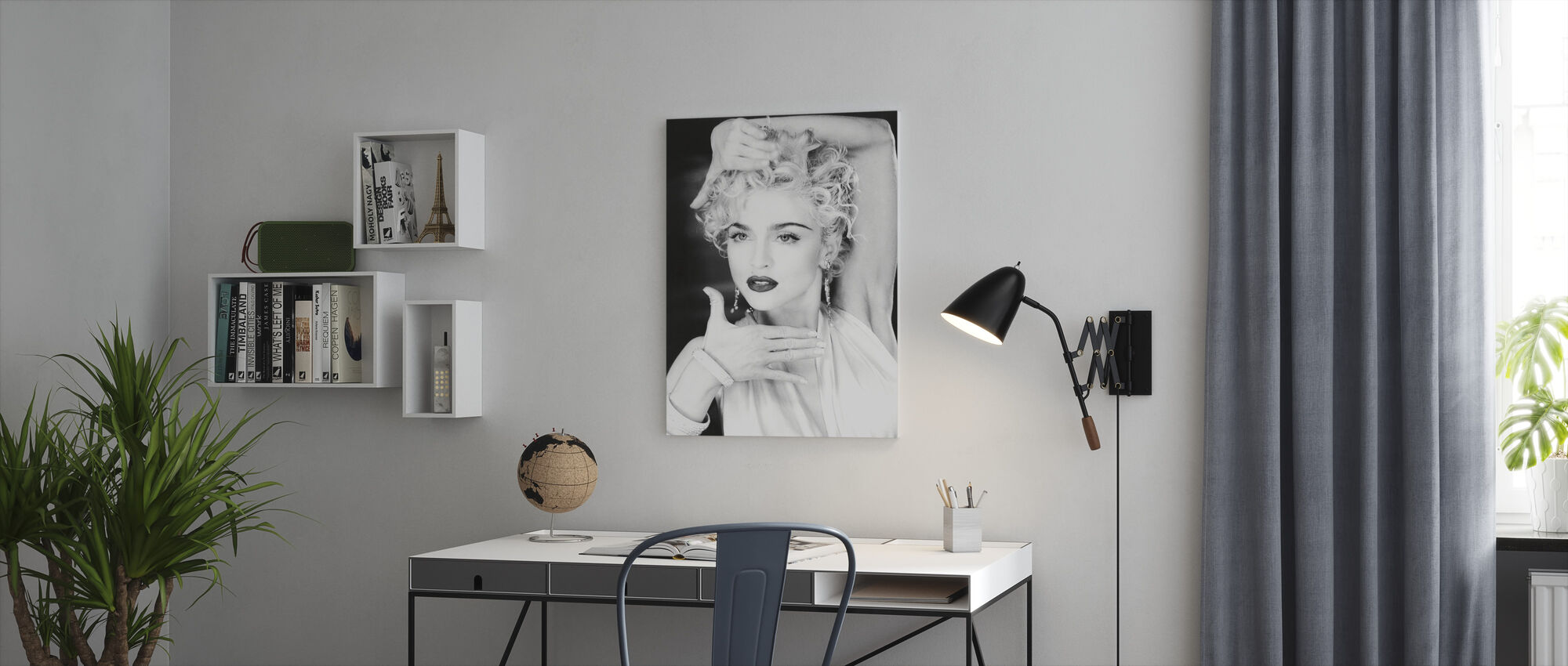 Madonna - Canvas print - Office