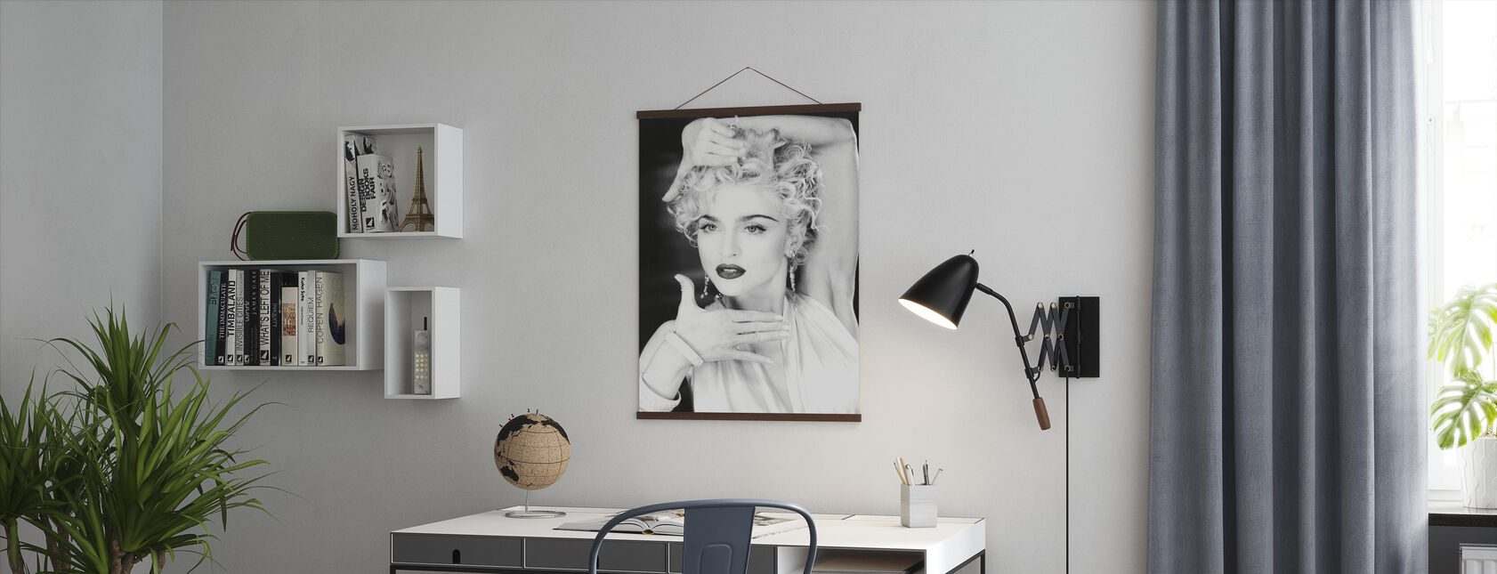 Madonna - Poster - Office