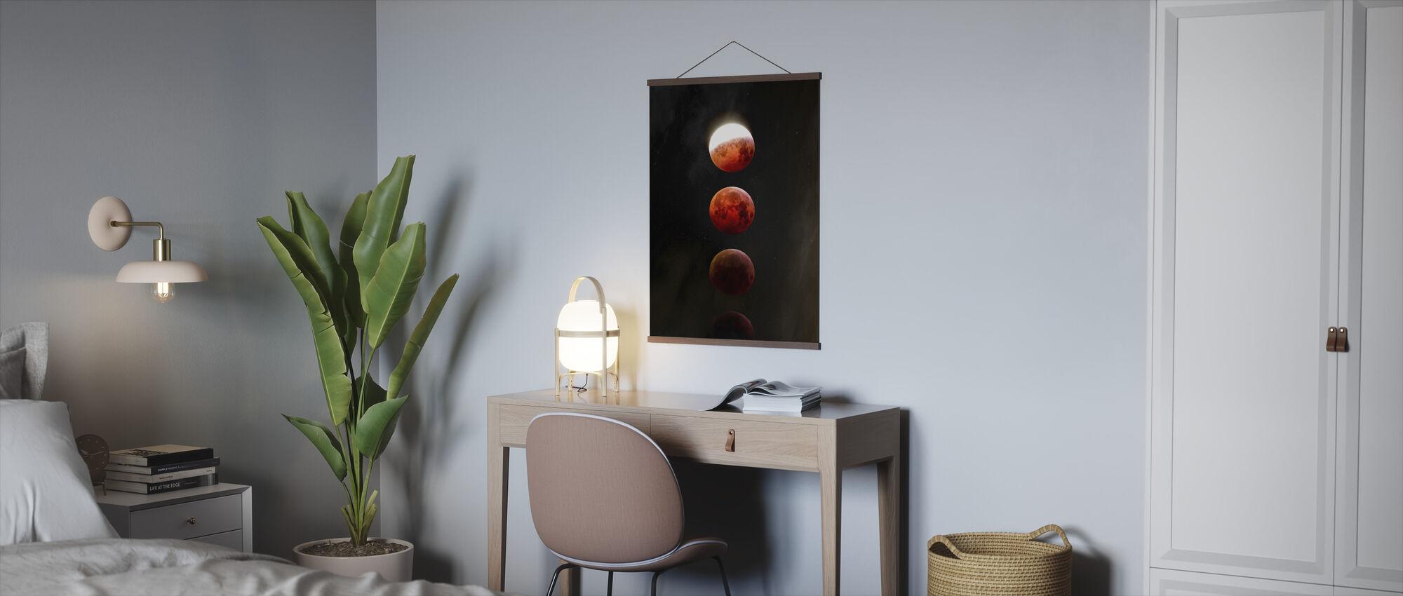 Zaćmienie Księżyca - Plakat - Biuro