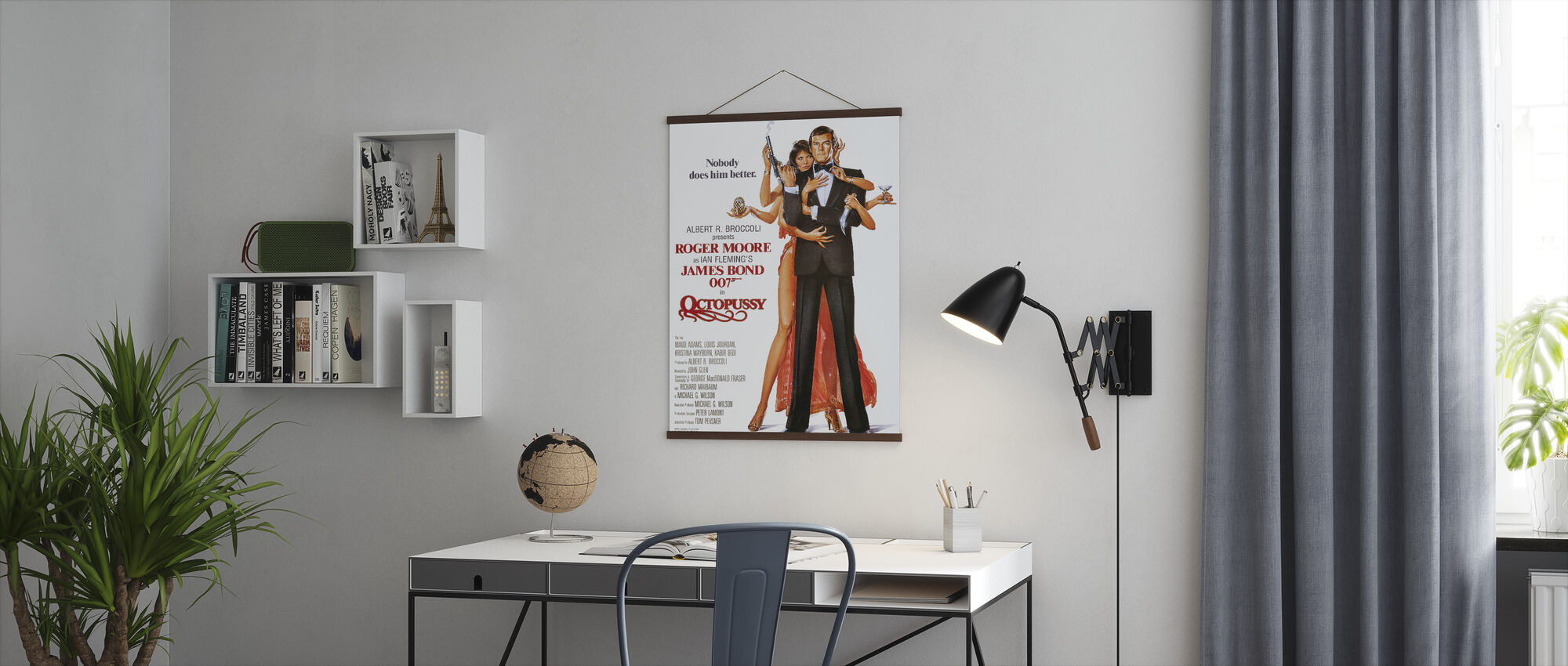 Octopussy - Poster - Office