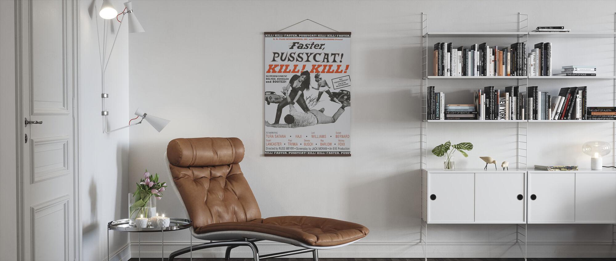 Snabbare Pussycat döda döda II - Poster - Vardagsrum
