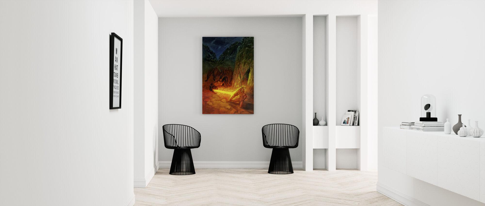 Amaz Rojo - Canvas print - Hallway