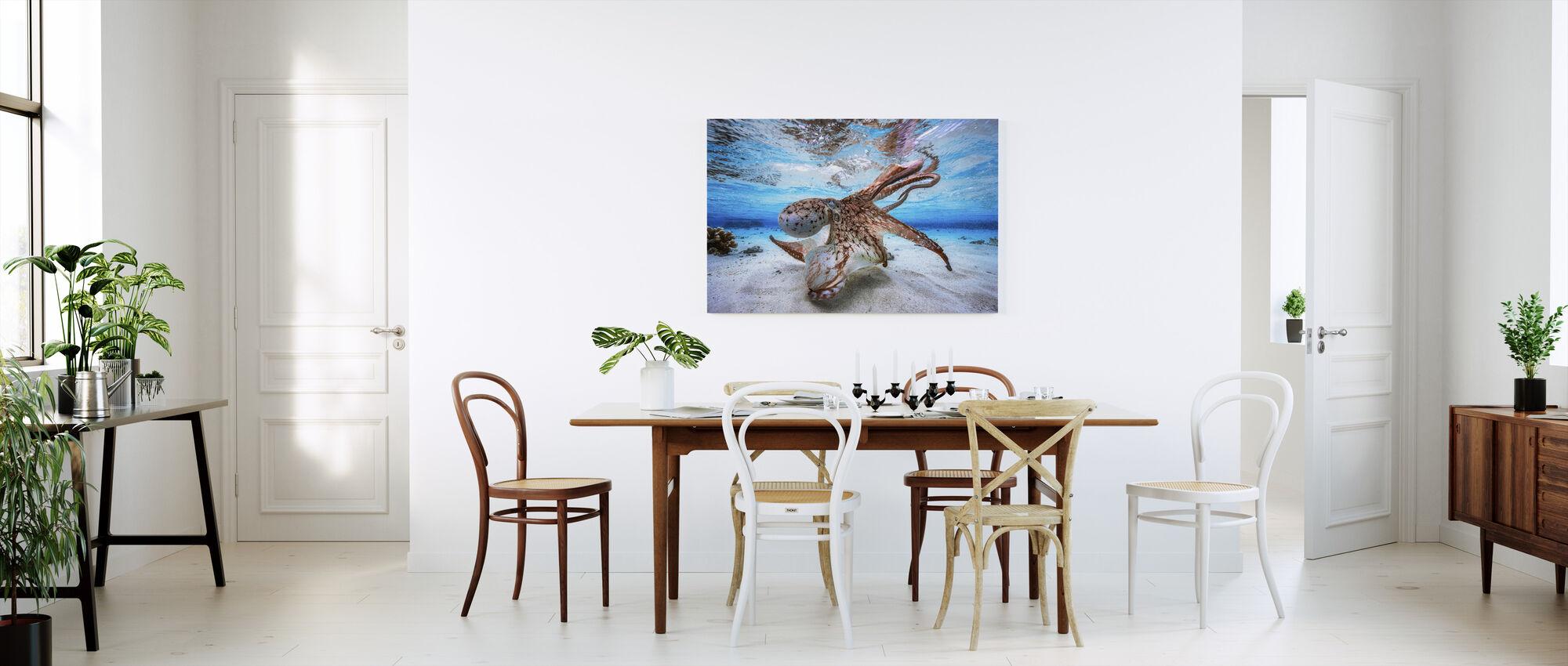Dancing Octopus - Canvas print - Kitchen