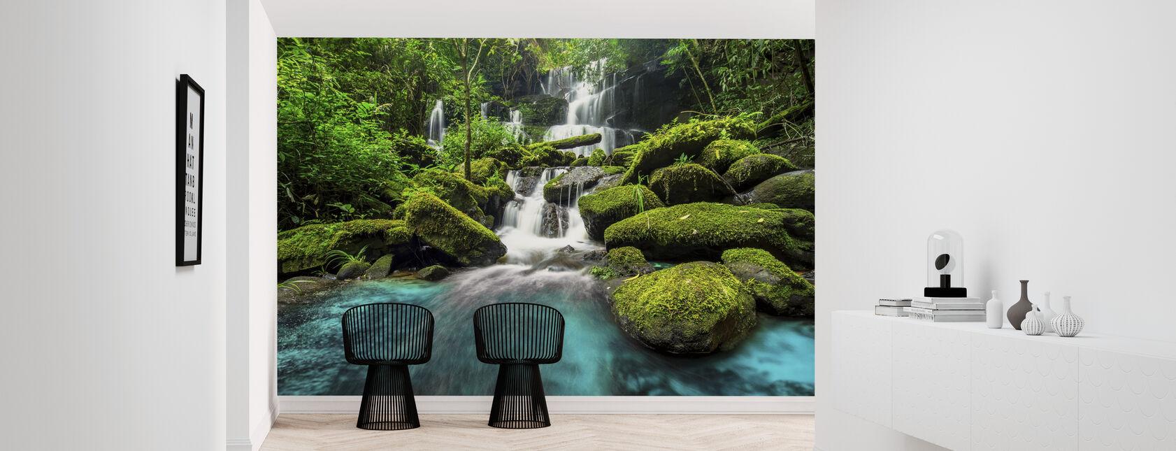 Chute d'eau de la forêt verte - Papier peint - Entrée