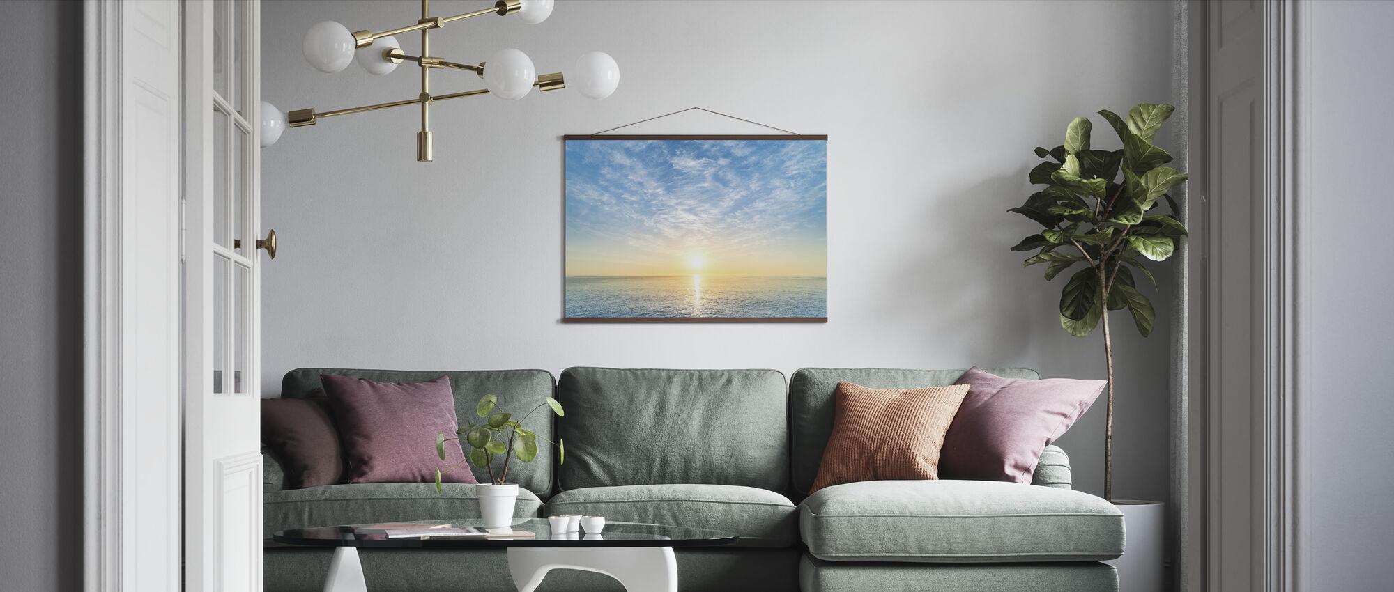 Zonsopgang aan zee - Poster - Woonkamer