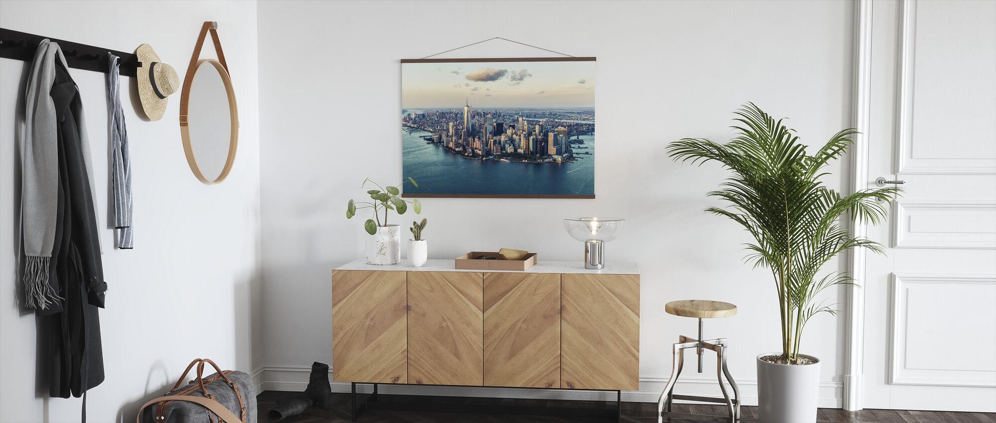 City of Dreams - Poster - Hallway