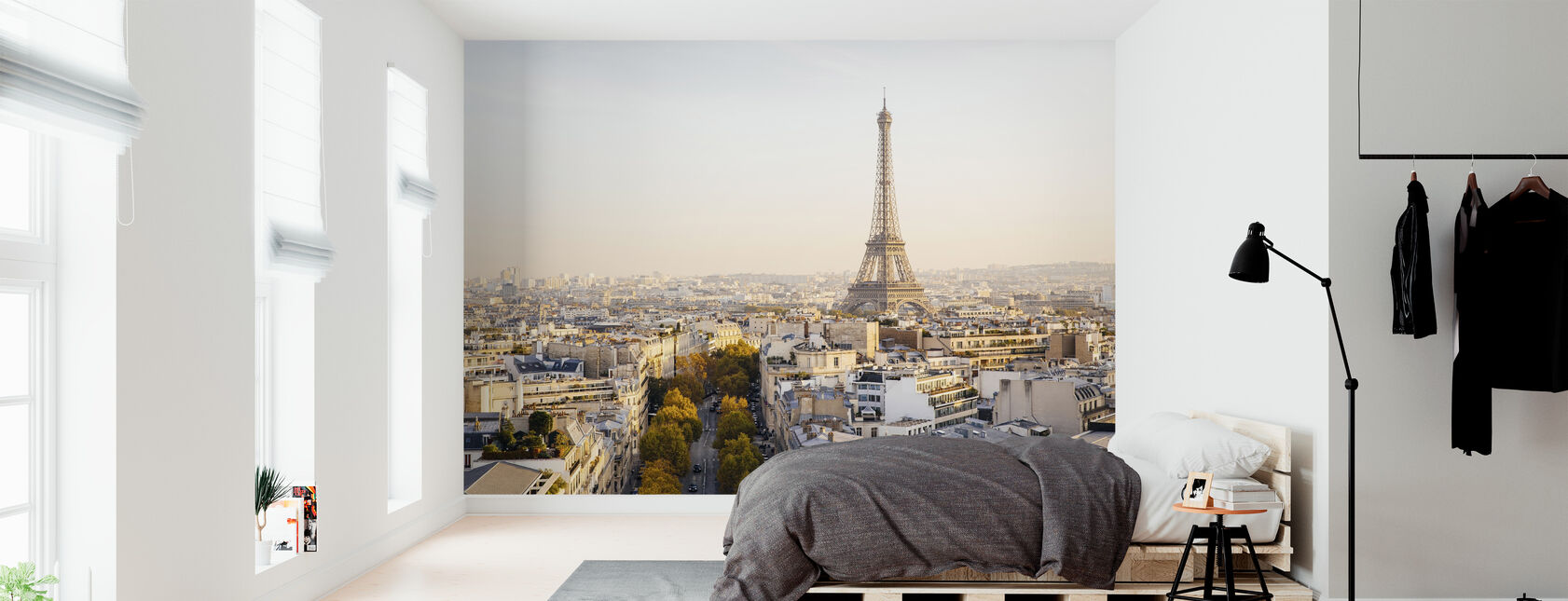 Eiffel Tower and Paris Skyline - Wallpaper - Bedroom