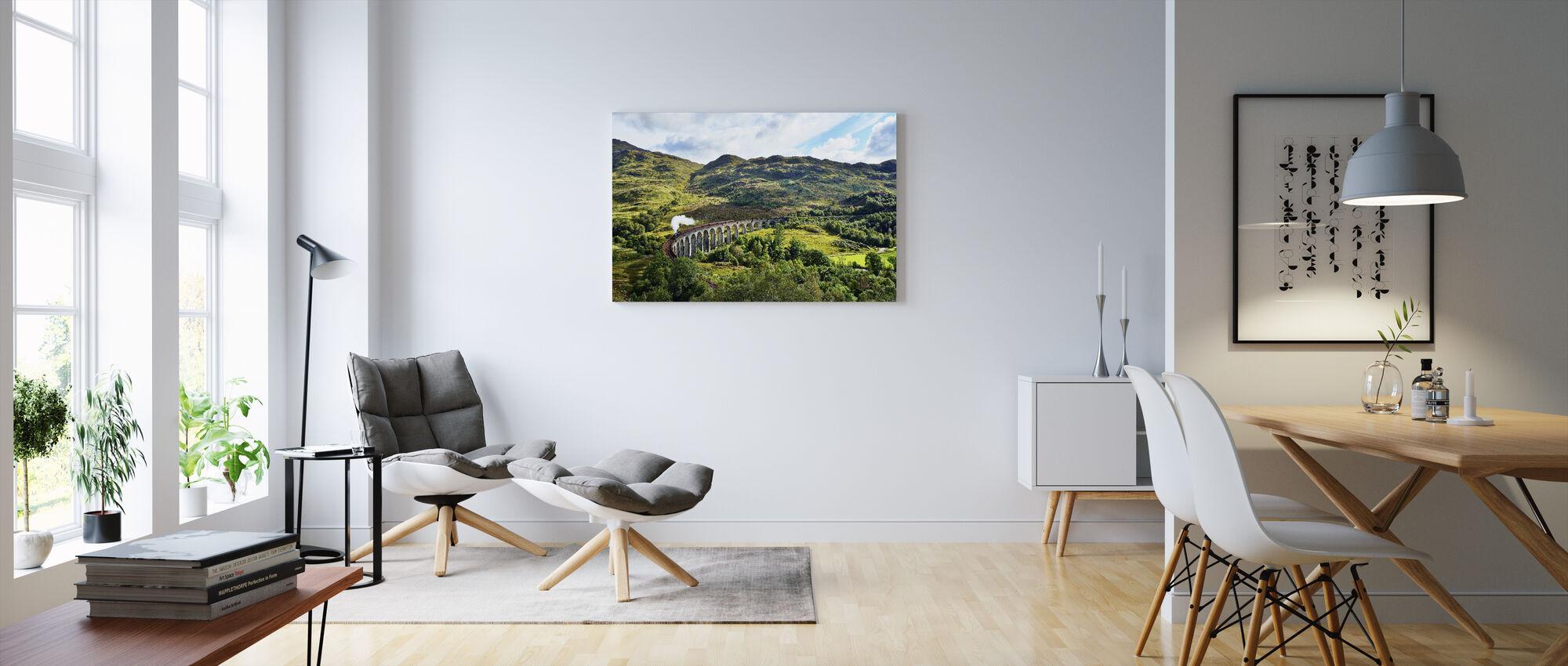 Tåg vid Skottland Highlands - Canvastavla - Vardagsrum