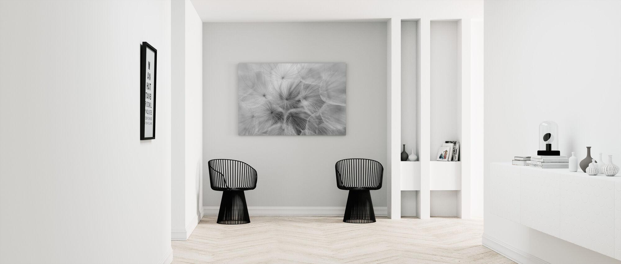 Salsify - Canvas print - Hallway