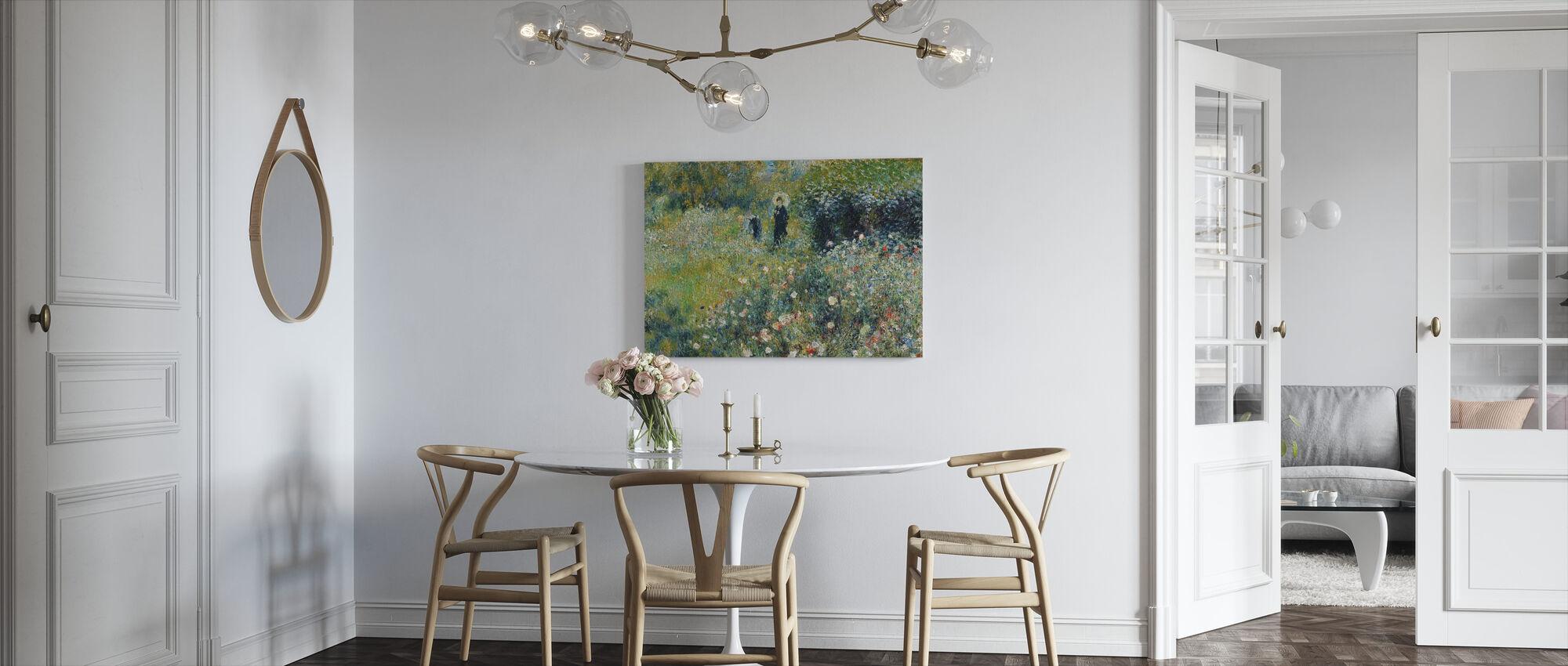 Kvinne i hage - Pierre Auguste Renoir - Lerretsbilde - Kjøkken
