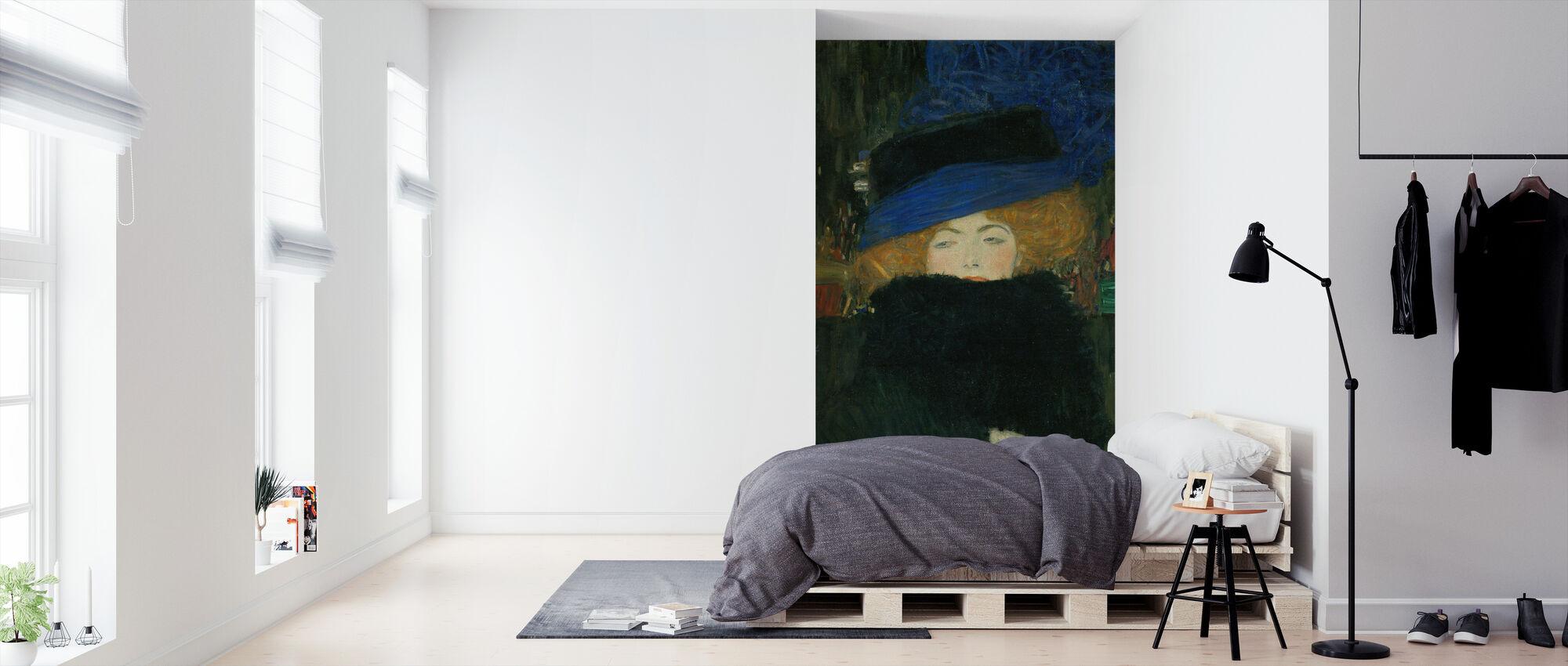 Dame met Hoed en Veer Boa - Gustav Klimt - Behang - Slaapkamer