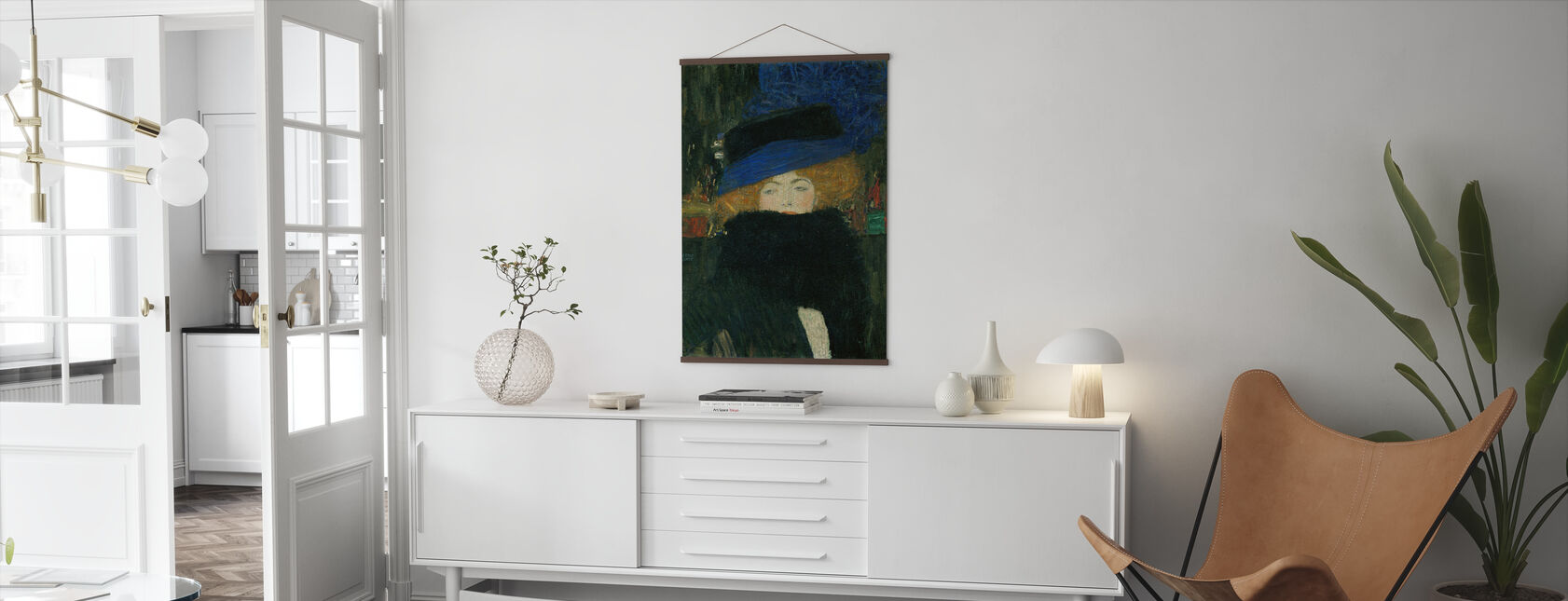 Dame med lue og fjær Boa - Gustav Klimt - Plakat - Stue