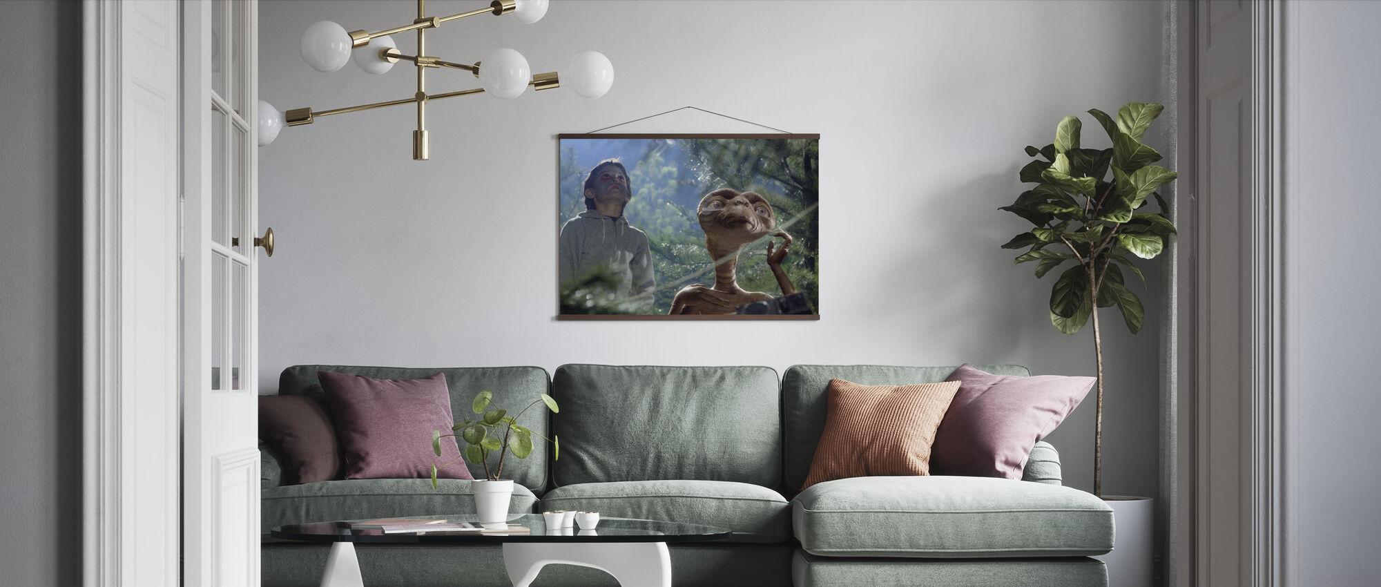 Extra Terrestrial - Henry Thomas - Poster - Living Room