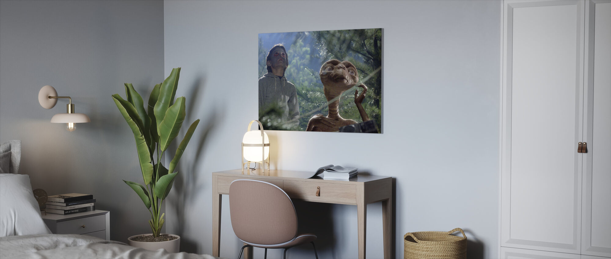 Extra Terrestrial - Henry Thomas - Canvas print - Office
