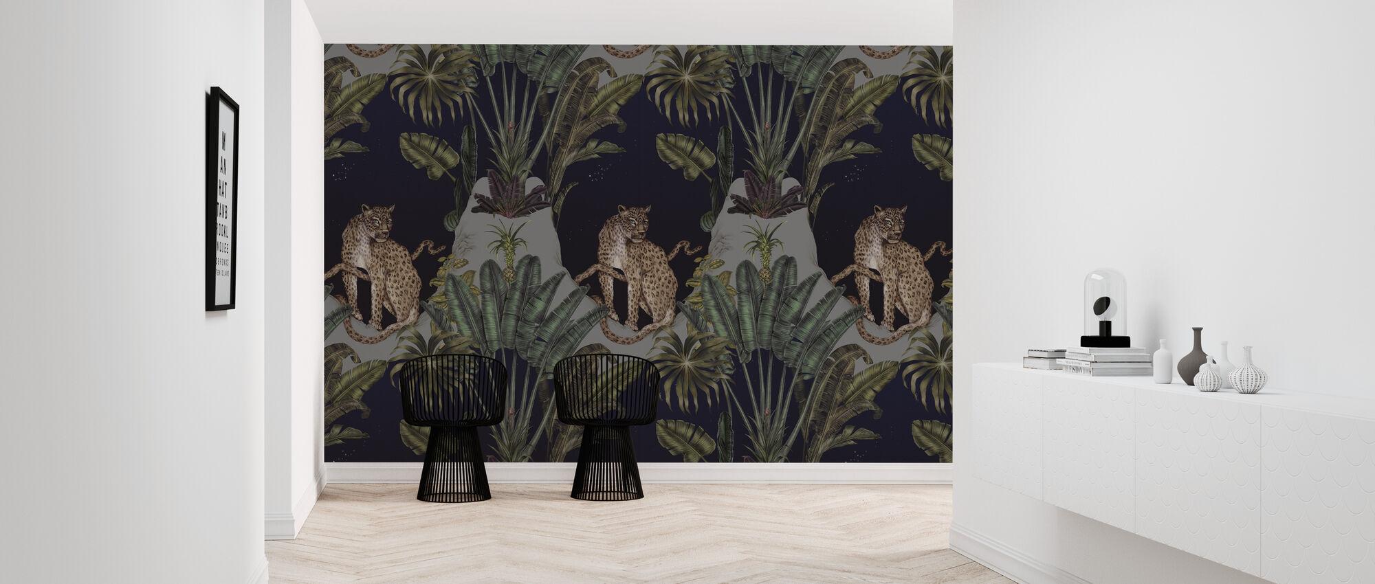 Persian Leopard - Wallpaper - Hallway