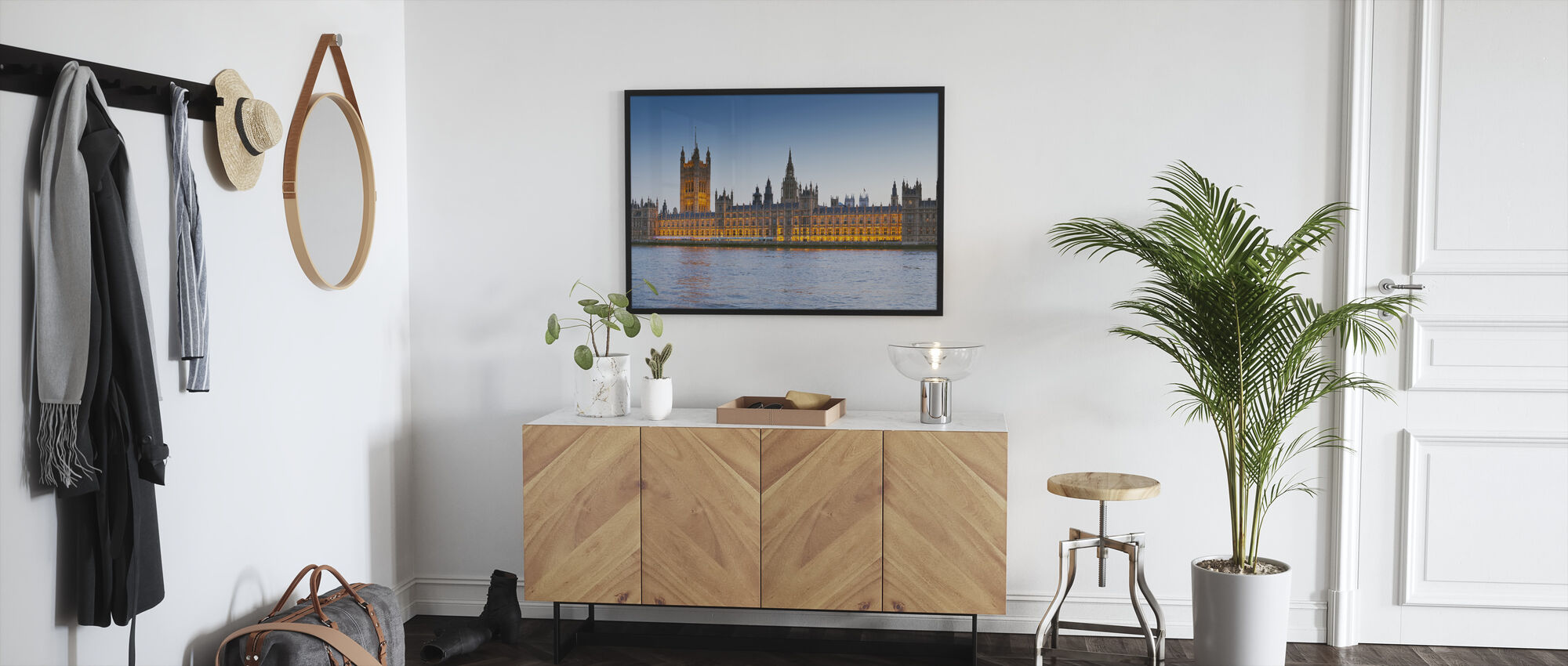 Big Ben and Houses of Parliament - Framed print - Hallway