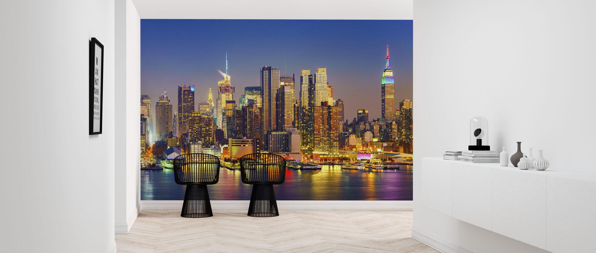 Manhattan After Sunset - Wallpaper - Hallway