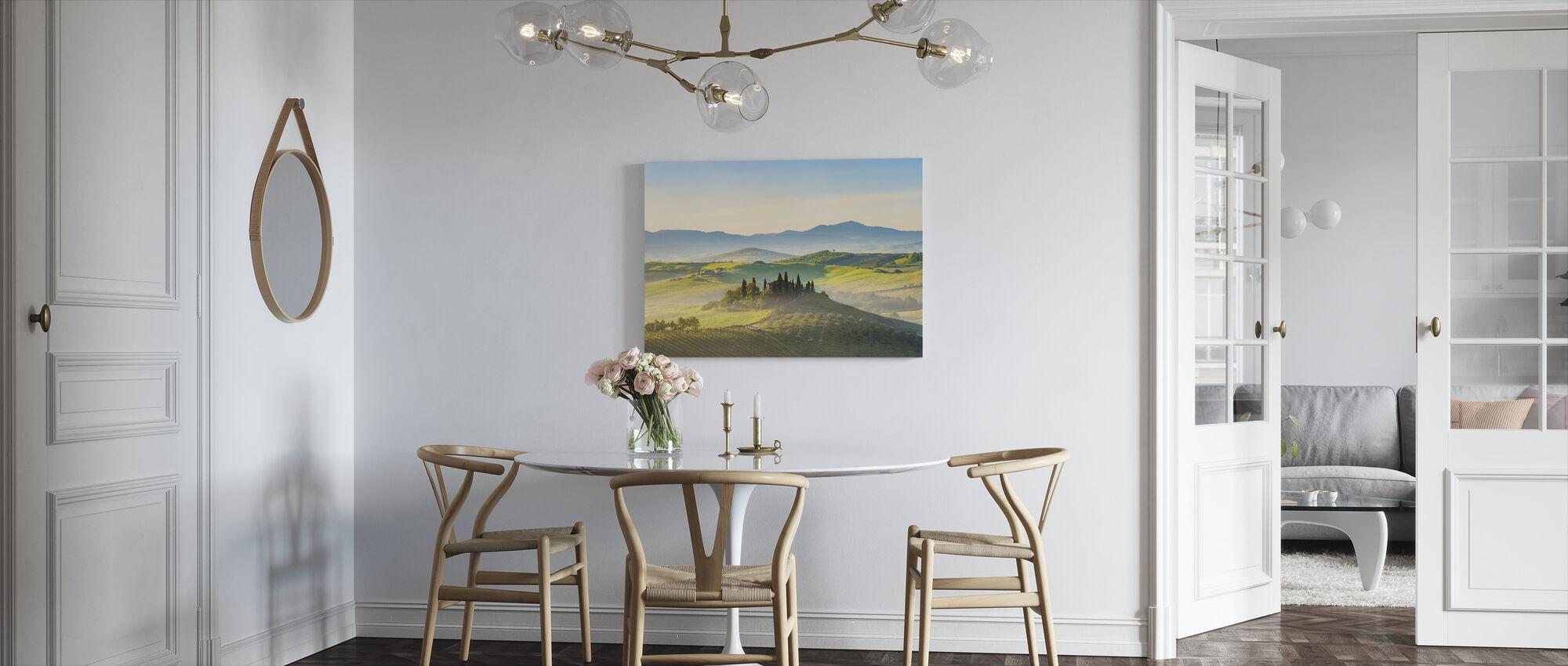 Toscana kevätaamuna - Canvastaulu - Keittiö